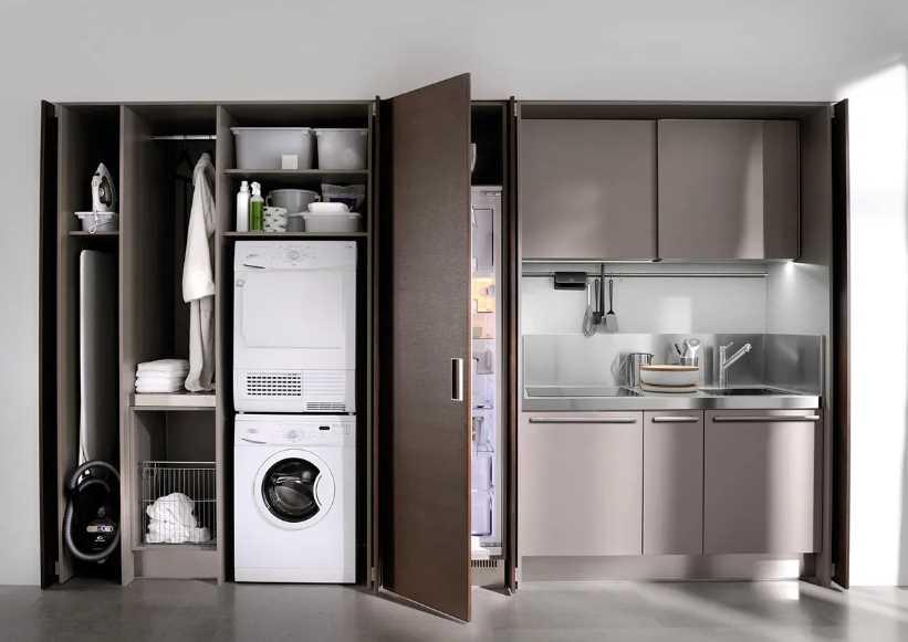 Можно ли спрятать холодильник